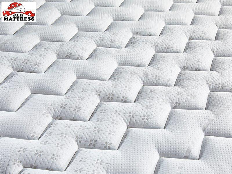 32PB-20 Best Valued Pillow Top Rolled Mattress China Factory
