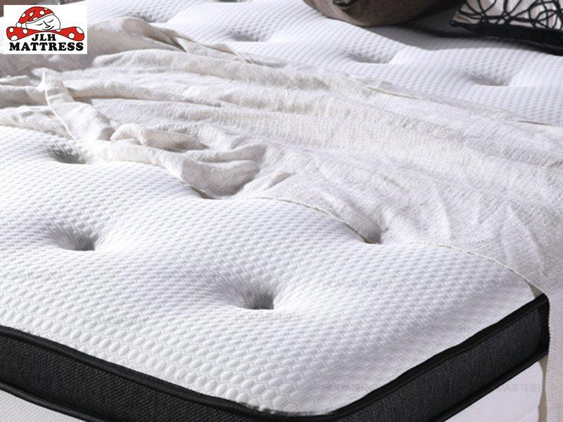 34PD-01 Luxury Latex Pocket Spring Gel Memory Foam Mattress turfted by hand